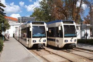 Lokalbahn Wien - Baden (WLB) an der Endstelle in Baden, Josefsplatz