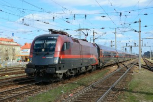 ÖBB 1116 201 mit railjet Foto: BAHNINDUSTRIE.at