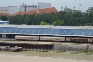 Trimodaler Güterumschlagplatz Hafen Wien