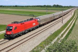 ÖBB 1116 mit Güterzug bei Wampersdorf 05.2016freigegeben via Facebook am 23.05.2016