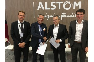 Von links: Jean-Francois Seytre (Sourcing Domain Director Alstom), Olivier Baril (CPO Alstom), Michael Thiel (CEO Frauscher), Gerhard Grundnig (Sales Director Frauscher)Foto: Frauscher