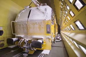 Der HTW 100 E³ wurde im Klima-Wind-Kanal von Rail Tec Arsenal (RTA) auf Herz und Nieren geprüft.Foto: Plasser & Theurer Export von Bahnbaumaschinen Gesellschaft m.b.H.