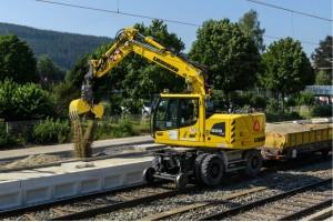Der Liebherr A 922 Rail Litronic ist das Multitalent unter den Hydraulikbaggern. – © Liebherr